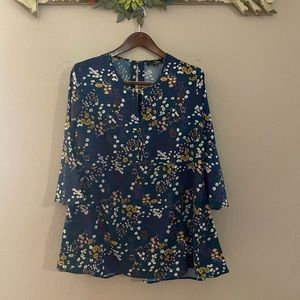 Suzanne Betro - navy flare sleeve floral top